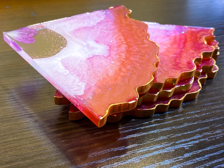 Rose and gold agate geode coaster set.